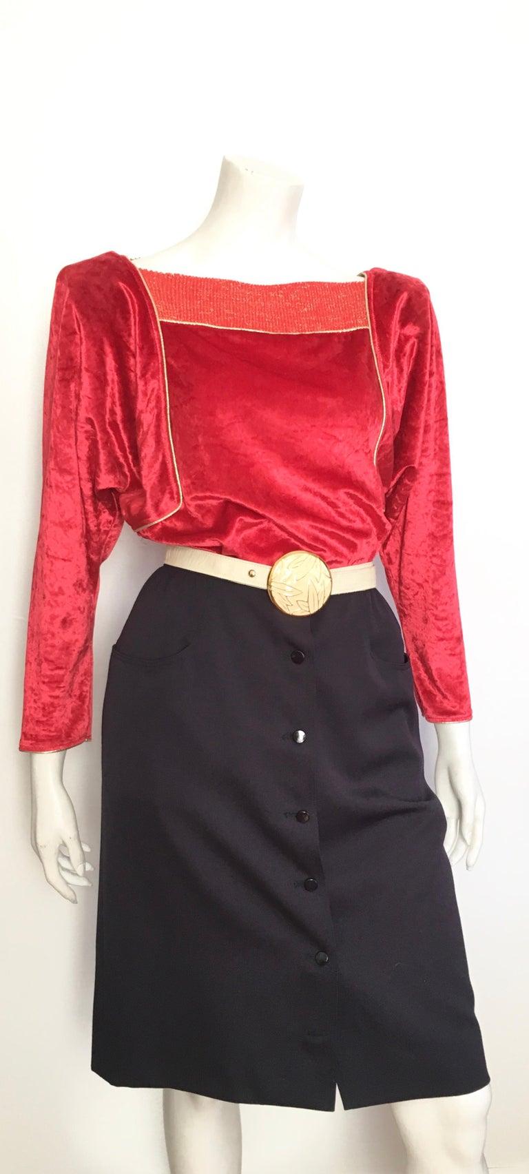 Oscar de la Renta for Swirl 1980s Red Velvet & Metallic Trim Blouse Size P. For Sale 10