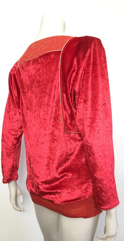 Oscar de la Renta for Swirl 1980s Red Velvet & Metallic Trim Blouse Size P. For Sale 4