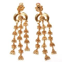 Oscar de la Renta Gold Drop Earrings