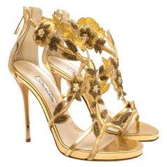 Oscar de la Renta Gold Embellished Heels 40