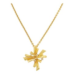 Oscar de la Renta Gold Jeweled Abstract Pendant Long Chain Necklace