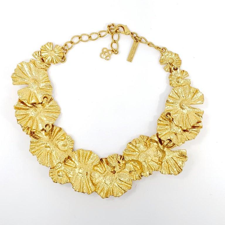 Women's Oscar de la Renta Gold Leaf Collar Necklace, Contemporary For Sale