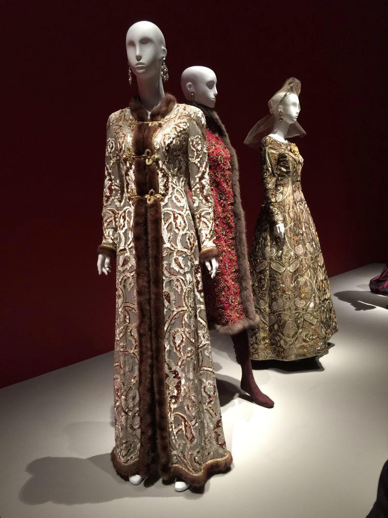 Oscar de la Renta Gold Metallic Brocade Sable Trim Evening Dress, c. Fall 1970 For Sale 9