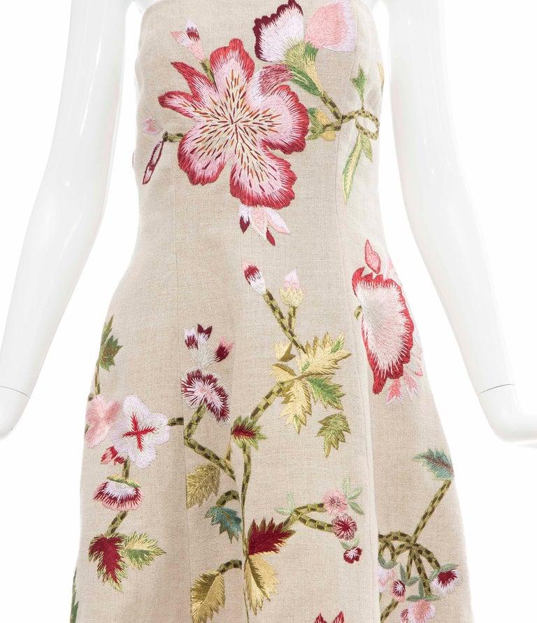 Beige Oscar de La Renta Linen Silk Embroidered Strapless Dress, Circa: Early 2000s For Sale