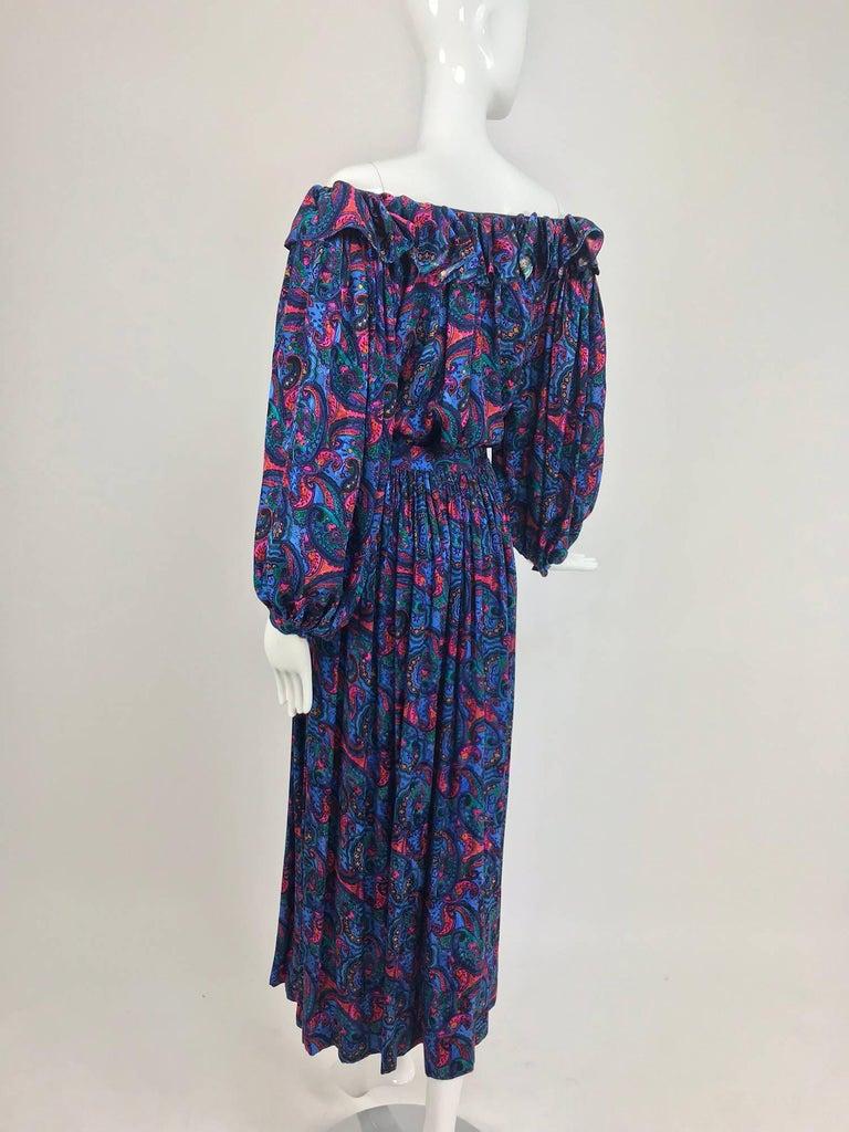 Oscar de la Renta Miss O silk paisley peasant style set  For Sale 1