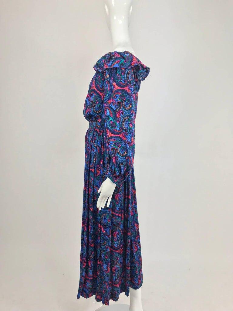 Oscar de la Renta Miss O silk paisley peasant style set  For Sale 2