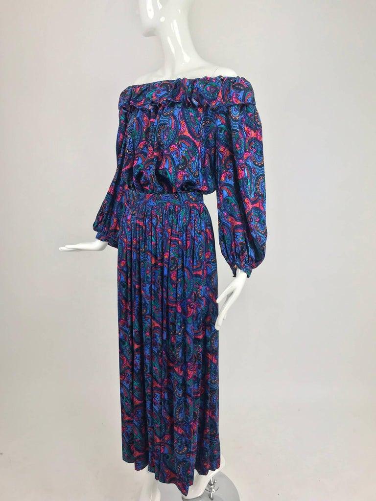 Oscar de la Renta Miss O silk paisley peasant style set  For Sale 3