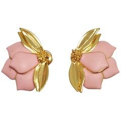 Oscar de la Renta Painted Bold Pink Petal Clip-On Earrings in Gold