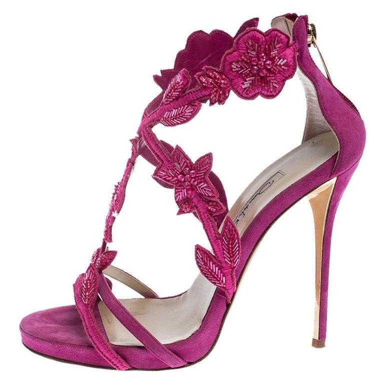 Oscar de la Renta Pink Suede Tatum Embellished T-Strap Sandals Size 37 For Sale 1