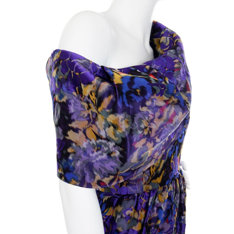 Oscar de la Renta Purple Floral Silk Runway Dress Fall 2007 For Sale 4