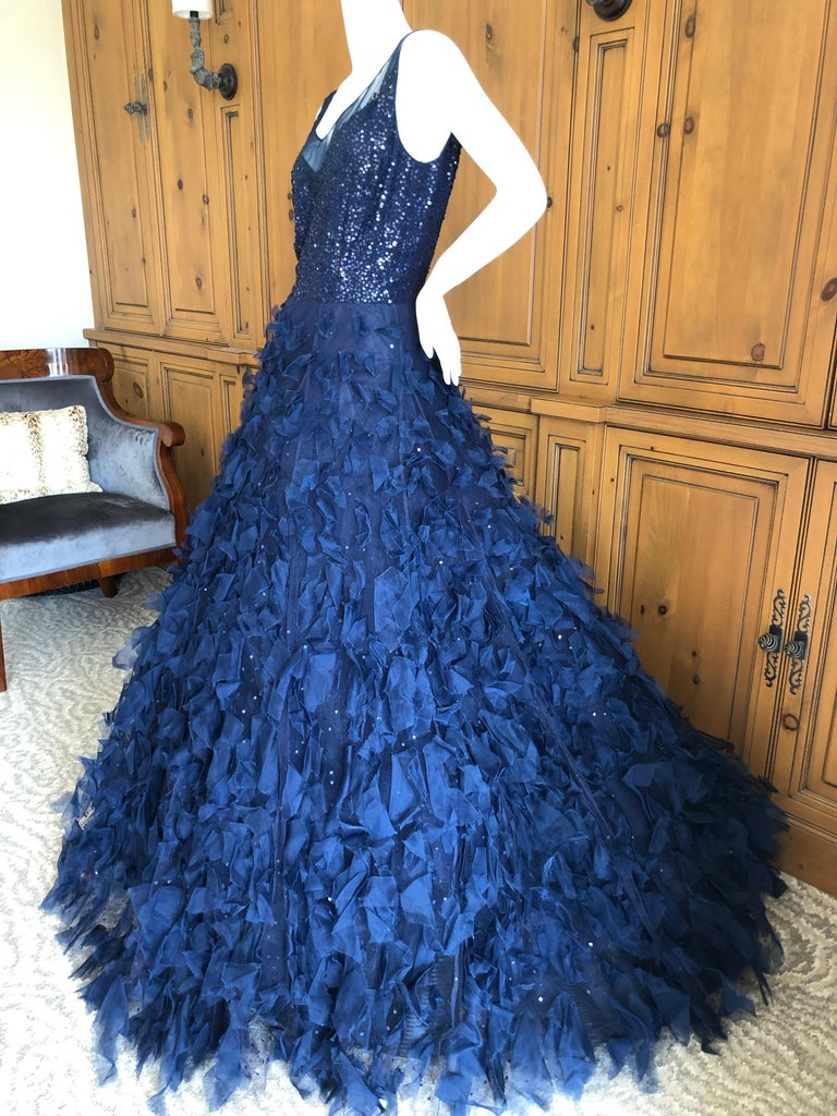 Oscar de la Renta Romantic Navy Blue Evening Gown in Hard to Find Size 14 2