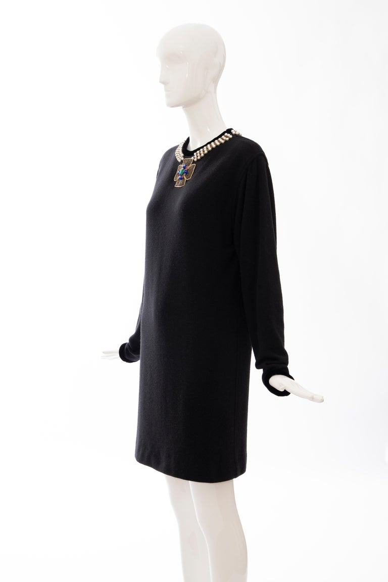 Oscar de la Renta Runway Black Embroidered Neckline Sweater Dress, Fall 1984 For Sale 7