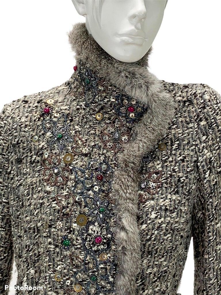 Oscar De La Renta Runway F/W 2004 Beaded Embroidered Fur Trim Coat Cardigan  For Sale 5