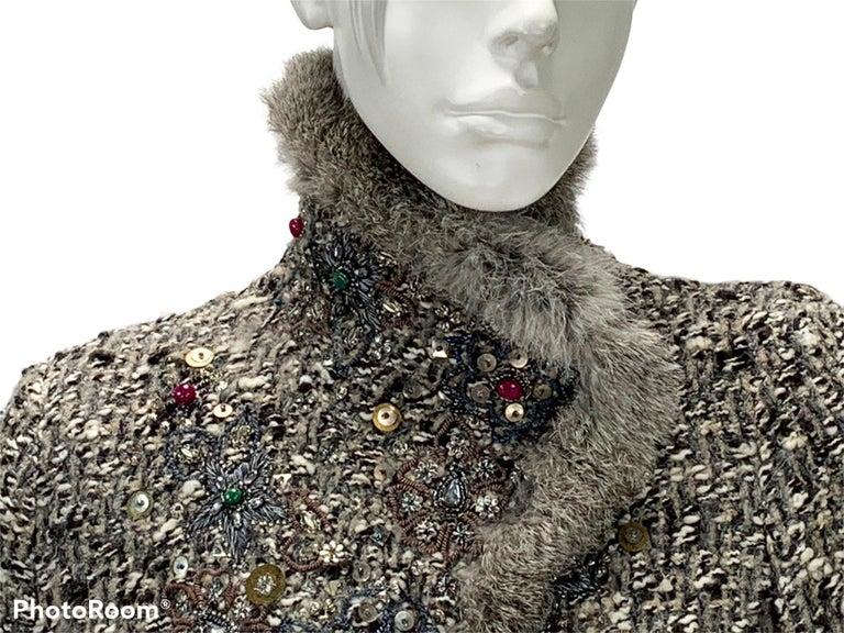Oscar De La Renta Runway F/W 2004 Beaded Embroidered Fur Trim Coat Cardigan  For Sale 6