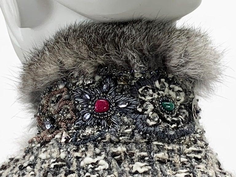 Oscar De La Renta Runway F/W 2004 Beaded Embroidered Fur Trim Coat Cardigan  For Sale 8