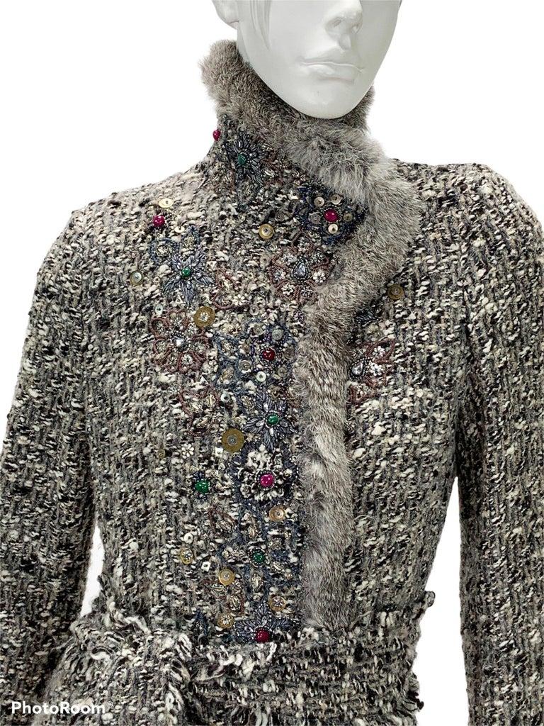 Oscar De La Renta Runway F/W 2004 Beaded Embroidered Fur Trim Coat Cardigan  For Sale 9
