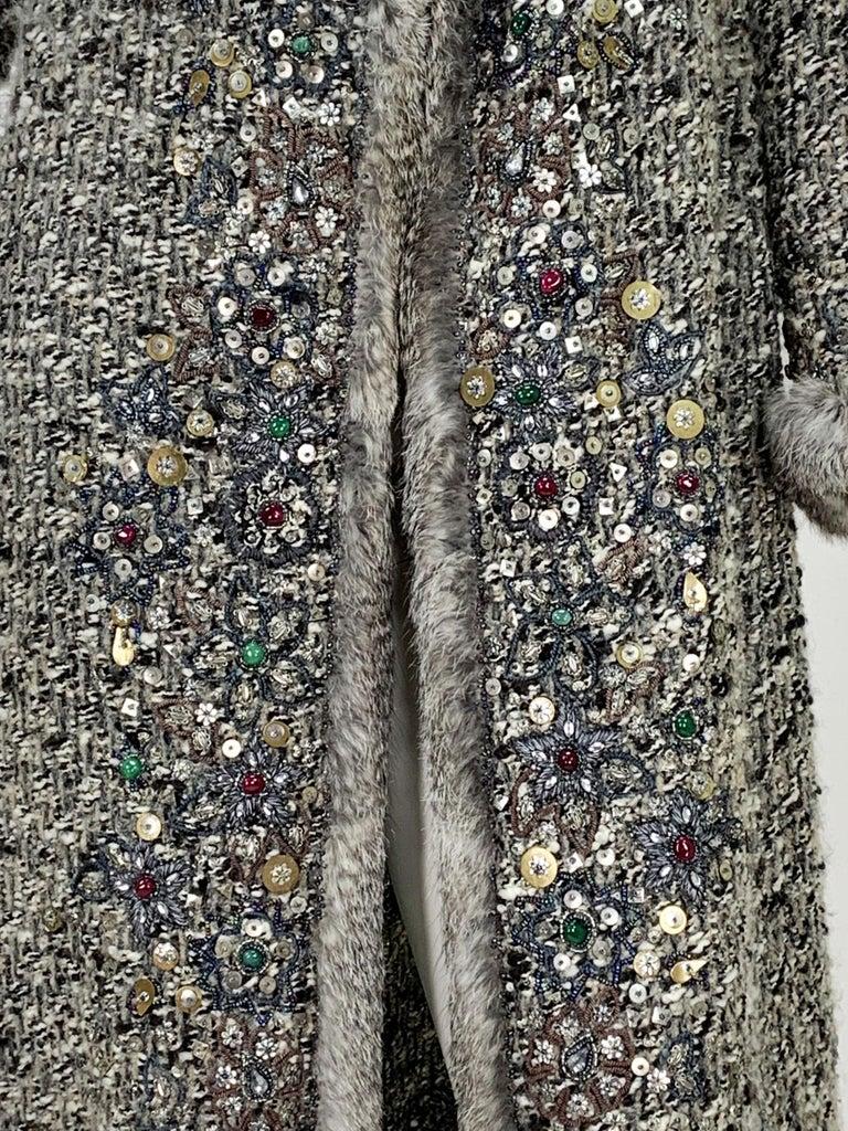 Oscar De La Renta Runway F/W 2004 Beaded Embroidered Fur Trim Coat Cardigan  For Sale 10