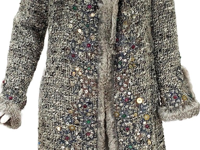 Oscar De La Renta Runway F/W 2004 Beaded Embroidered Fur Trim Coat Cardigan  For Sale 11