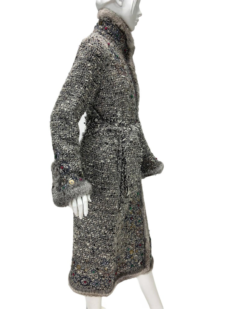 Women's Oscar De La Renta Runway F/W 2004 Beaded Embroidered Fur Trim Coat Cardigan  For Sale