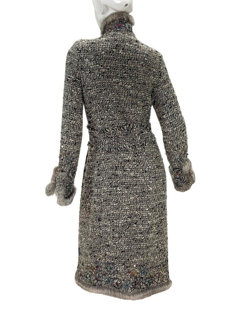 Oscar De La Renta Runway F/W 2004 Beaded Embroidered Fur Trim Coat Cardigan  For Sale 2