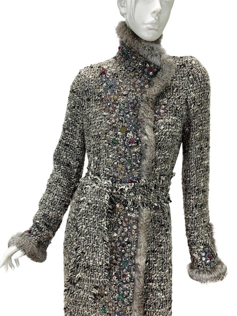 Oscar De La Renta Runway F/W 2004 Beaded Embroidered Fur Trim Coat Cardigan  For Sale 4