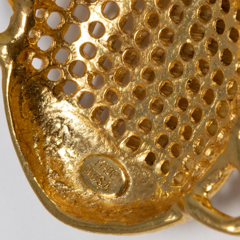 Oscar de la Renta Scarab Clip On Dangling Earrings In Gold For Sale 1