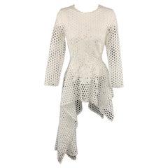 OSCAR DE LA RENTA Size 6 White Mesh Lace Asymmetrical Peplum Dress Top