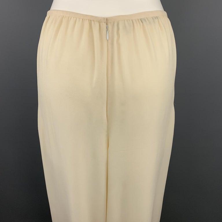 OSCAR DE LA RENTA Size 8 Cream Silk Dress Pants In Good Condition In San Francisco, CA