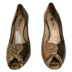 OSCAR DE LA RENTA snake skin peep toe