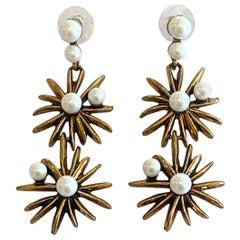 Oscar De La Renta Starburst earrings