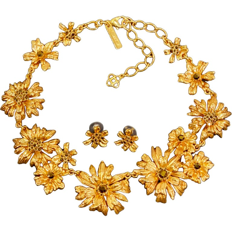 Oscar de la Renta Swarovski Crystal Flower Collar Necklace and Matching Earrings For Sale