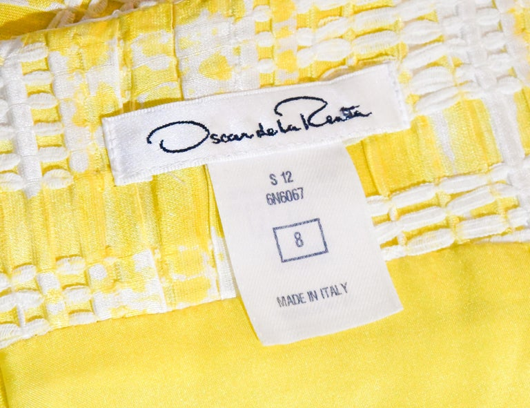 Oscar de la Renta Yellow and White Sleeveless Textured Dress For Sale 1