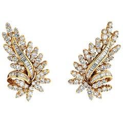 Oscar Heyman 18 Karat Yellow Gold Diamond 8.50 Carat Leaf Style Earrings