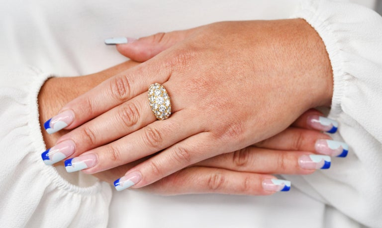 Oscar Heyman 7.50 Carats Pave Diamond 18 Karat Gold Bombe Band Ring For Sale 6