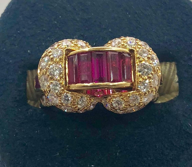 Oscar Heyman and Brothers 18 Karat Gold, Ruby and Diamond Cocktail Ring In As New Condition For Sale In Mansfield, OH