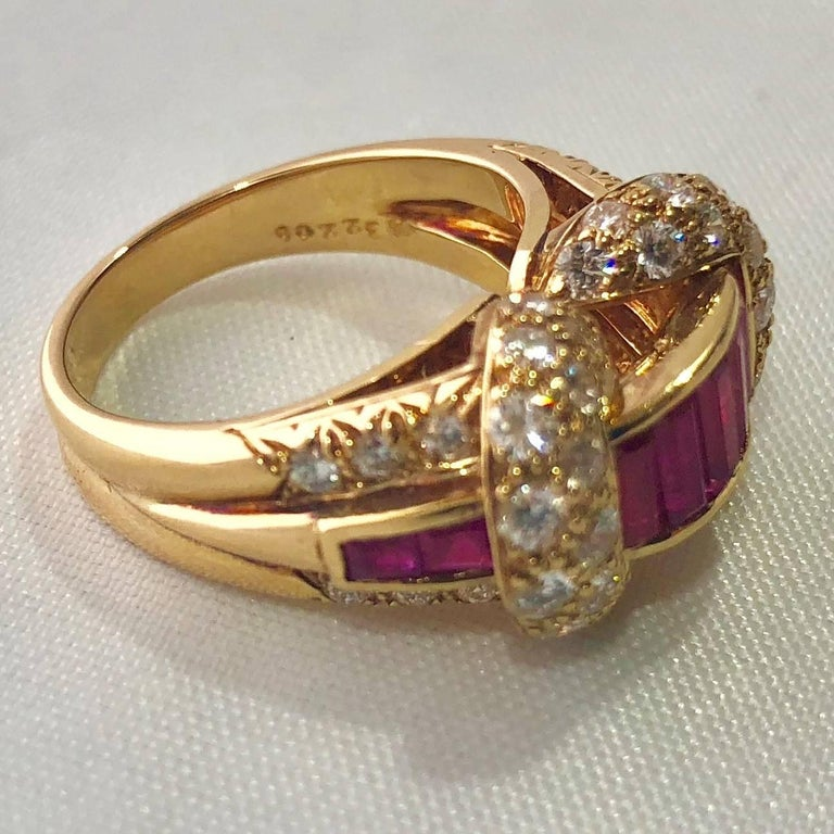 Oscar Heyman and Brothers 18 Karat Gold, Ruby and Diamond Cocktail Ring For Sale 3