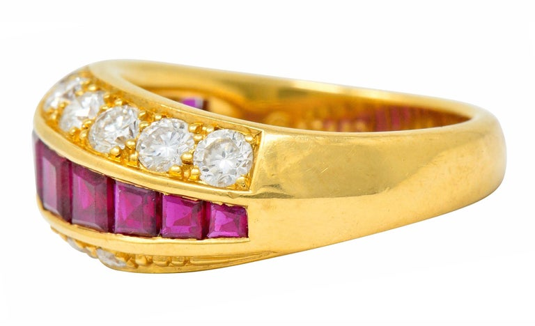 Oscar Heyman Bros. 2.50 Carat Ruby Diamond 18 Karat Gold Band Ring In Excellent Condition For Sale In Philadelphia, PA