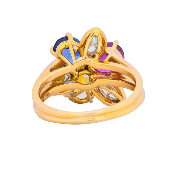 Oscar Heyman Bros. 4.05 Carats Sapphire Diamond 18 Karat Gold Floral Ring In Excellent Condition For Sale In Philadelphia, PA