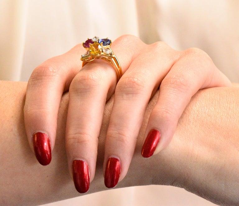 Oscar Heyman Bros. 4.05 Carats Sapphire Diamond 18 Karat Gold Floral Ring For Sale 3