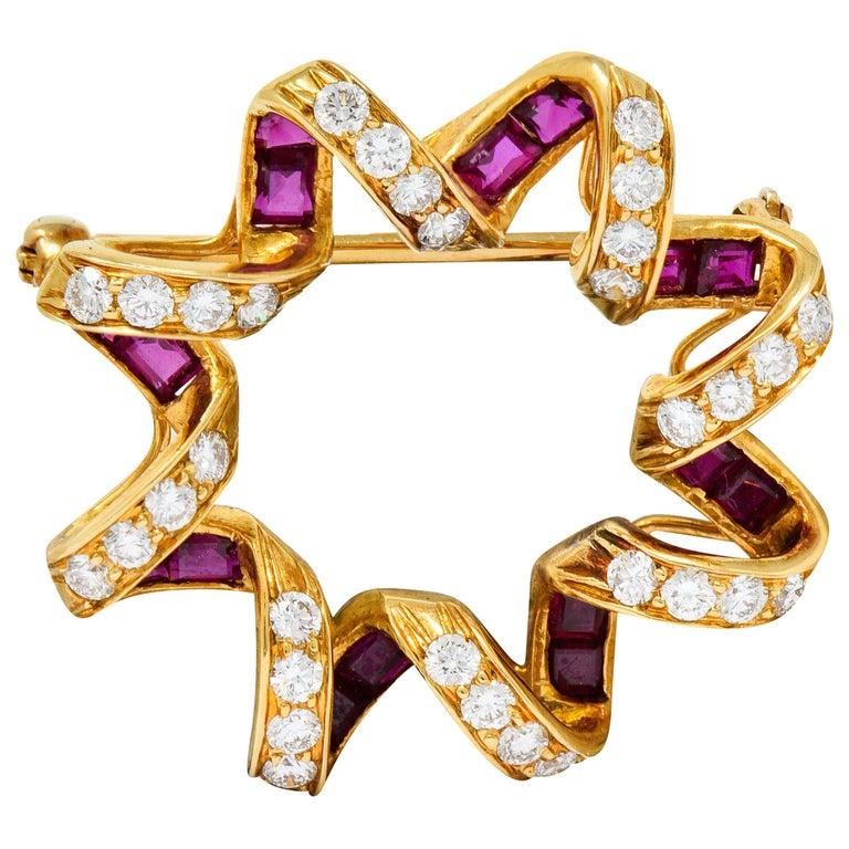 Oscar Heyman Bros. Ruby Diamond 18 Karat Gold Starburst Brooch For Sale
