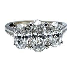 Oscar Heyman & Brothers 2.46 Carat Three Oval Brilliant Diamond Platinum Ring