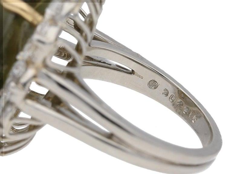 Cabochon Oscar Heyman Brothers Chrysoberyl Cat's Eye and Diamond Ring, American, circa 20 For Sale