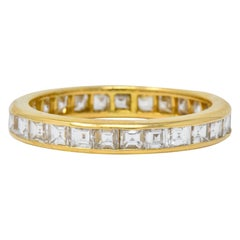 Oscar Heyman Contemporary 1.35 Carat Square Diamond 18 Karat Gold Eternity Band