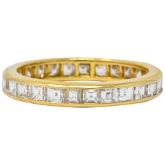 Oscar Heyman Contemporary 1.35 CTW Step Diamond 18 Karat Gold Eternity Band Ring