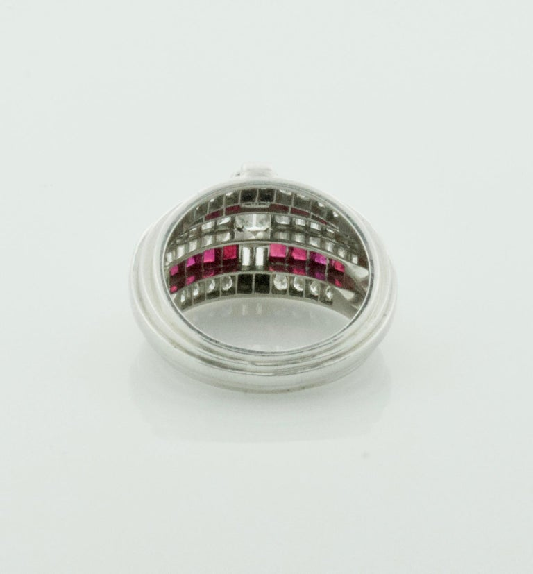 Oscar Heyman Diamond and Ruby Ring in Platinum In Excellent Condition For Sale In Wailea, HI