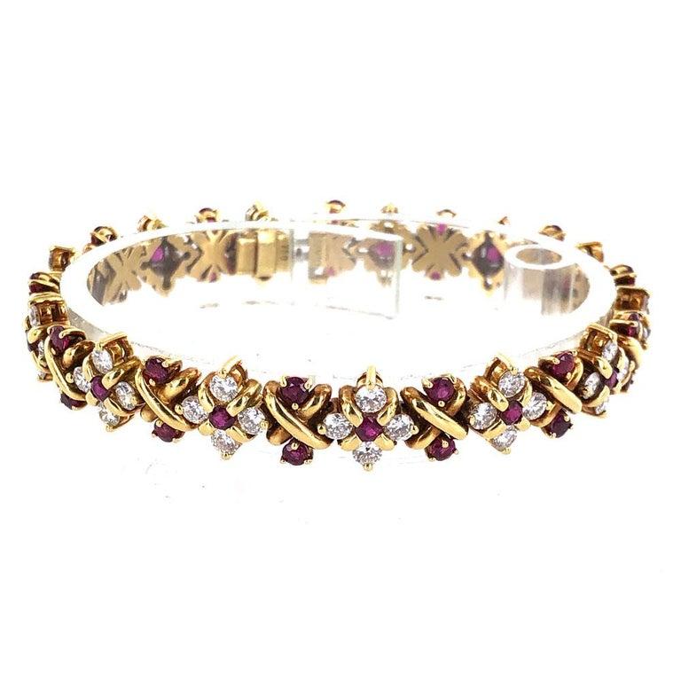 Round Cut Oscar Heyman Diamond Ruby 18 Karat Yellow Gold Link Bracelet For Sale