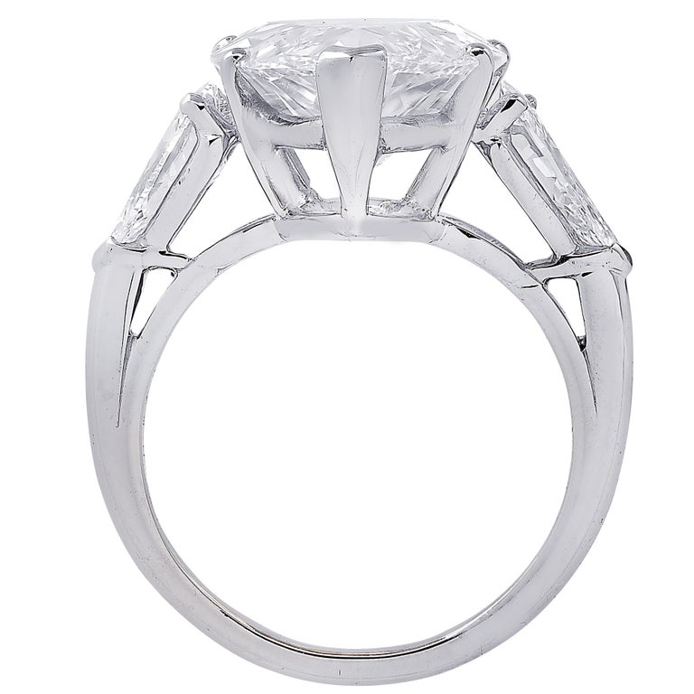 Women's Oscar Heyman GIA Certified 8.04 Carat Pear Shape Diamond Wedding Set For Sale