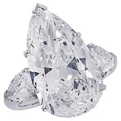 Oscar Heyman GIA Certified 8.04 Carat Pear Shape Diamond Wedding Set
