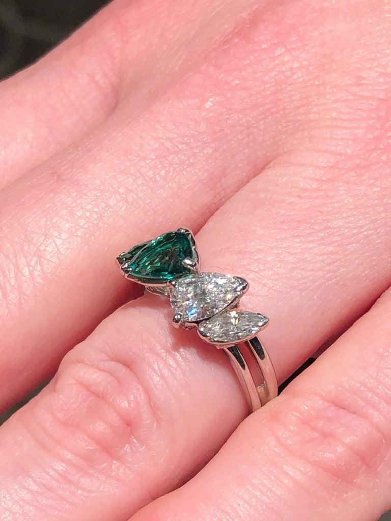 Women's or Men's Oscar Heyman GIA Certified Vintage Emerald Diamond Cocktail Ring For Sale