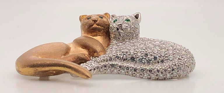 Contemporary Oscar Heyman Gold and Platinum Pave Double Cat Brooch For Sale
